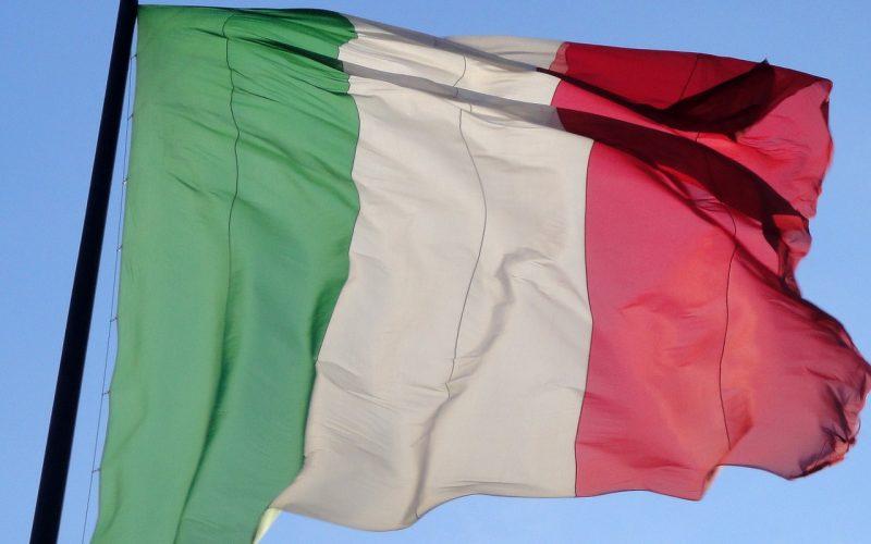 consolato italiano bandiera